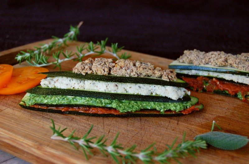 This Awesome Plant-Based Raw Recipes Make You A Convert-Molly // Clean Food Dirty Girl
